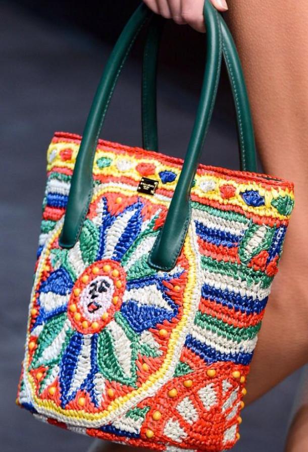Очаровательные вязаные сумки! Шикарные идеи...