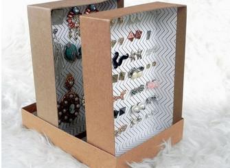 Что нужное можно сделать из картонной коробки?