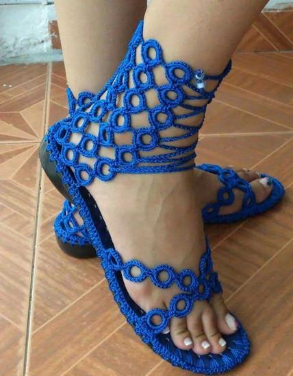 Уютная и очень симпатичная обувь крючком: идеи и мастер-класс