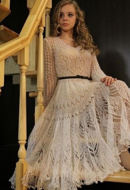 Очень элегантные идеи. Мохеровые платья и юбки платочной вязкой