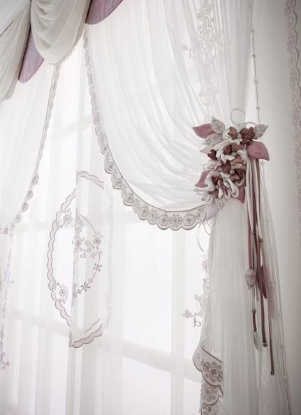 Оригинальное оформление окон шторами: идеи, способные добавить изящества и стиля