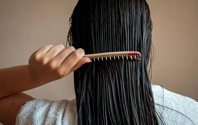 Девочки, делюсь с вами самой эффективной маской от выпадения волос