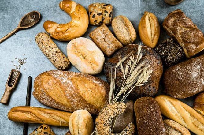 Почему после 50 нужно совсем отказаться от хлеба