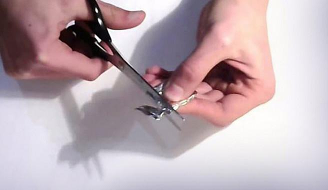 Как наточить ножницы с помощью фольги. Идеи, советы и видео мастер класс своими руками